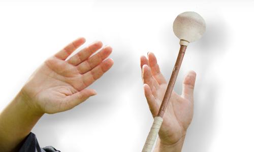KLANG BILD Trommelhände bei https://www.klang-bild.co.at